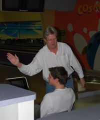 Bowling elwood fri thanks 2008 002