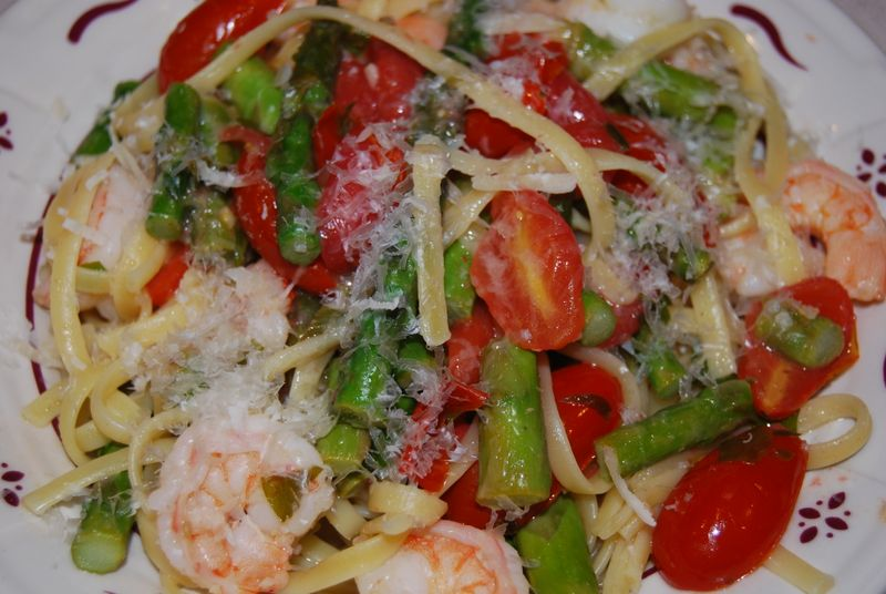 Linguine with Shrimp & Veg Ellie 573