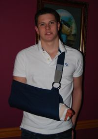 Misc. photos A's BD 2009; M's broken hand 020