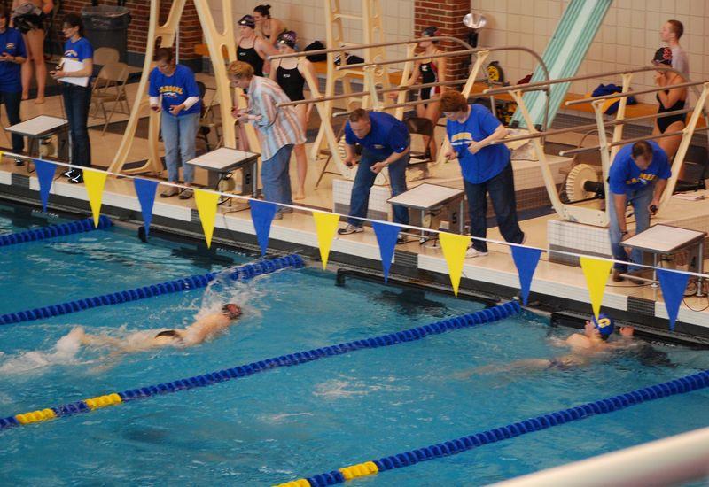CHS swim meet 1-09-10 MIC 016