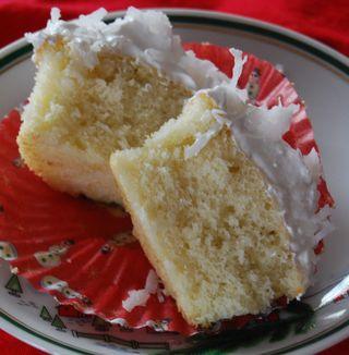 MSC Coconut Cupcakes 036