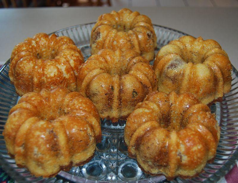 Easter, Cooking Blogs CI Focaccia; ModBaker Choco Spice Bread; 018