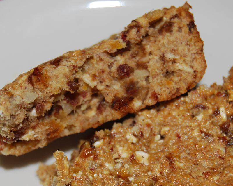 Giada crackers, twd muffins, ellie bars 030