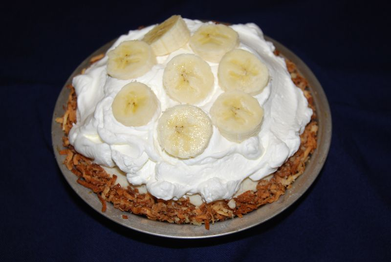 TWD Coconut Banana Pie 006