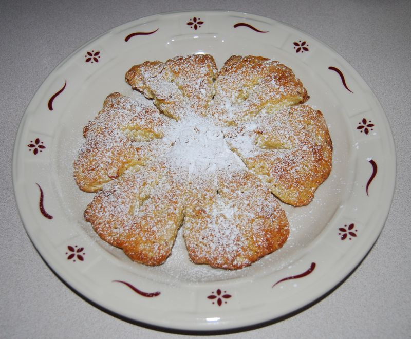 Snowflake Bread with Caitlin with Powdered Sugar 002