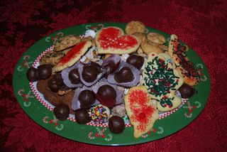 Katie W's Christmas Cookie Tray 2010 003
