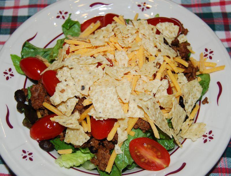 CEiMB Taco Salad 012