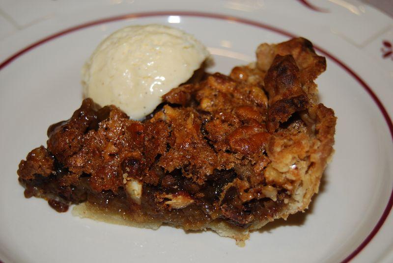 TWD Pecan Choc Pie 008