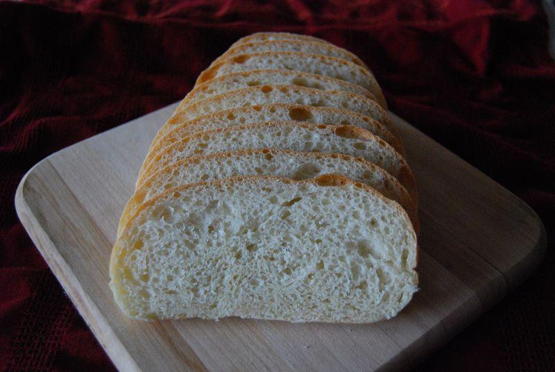 Inside Vienna Bread and Finnish Meatballs 004