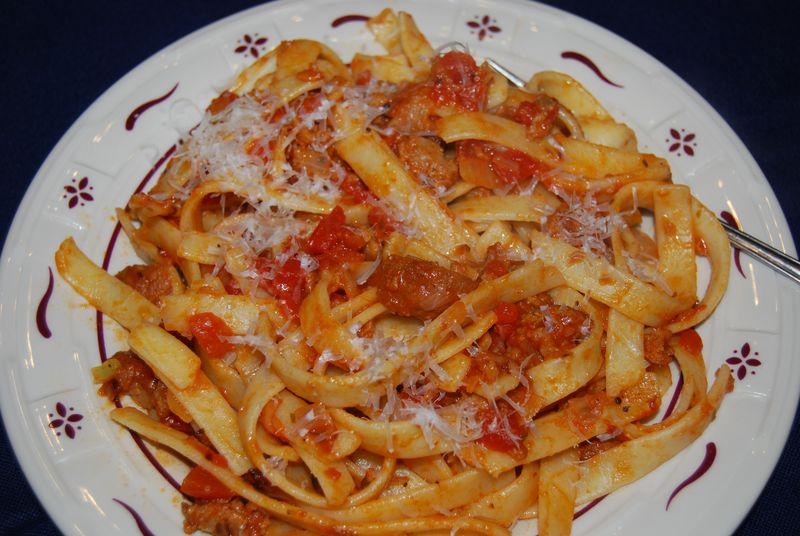 30 Min Hazan Tagliatelle w simple  meat sauce 008