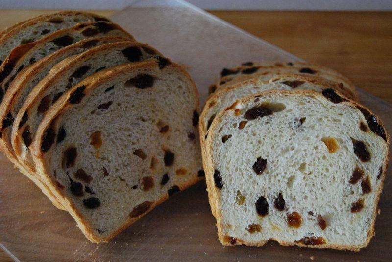 NM Raisin Bread 025