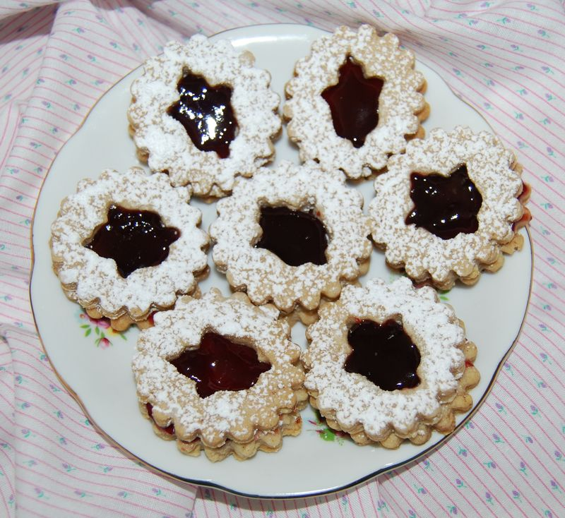 Linzer Cookies and TWD Lemon Loaf 036