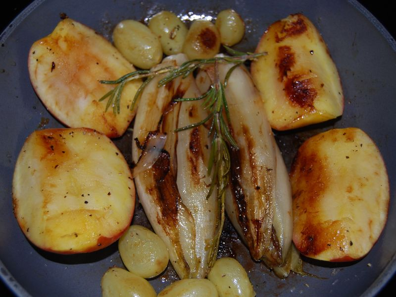 FFwD Apples Endive and Grapes DH Ricotta Spinach Bake 002