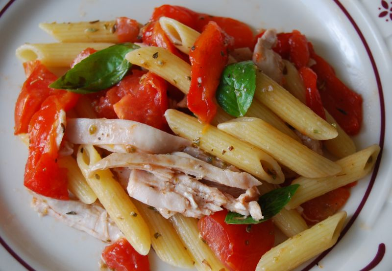 Wwdh pasta tomatoes pepper and chicken 010